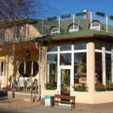 Hotel Oswaldo Panzió: főépület, recepció