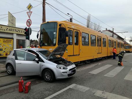 Csúnya baleset volt (fotó: BKK)