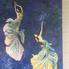 Művészet csajokkal a bejáratnál (fotó: ittlakunk.hu)