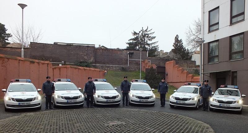 Megérkeztek az új rendőrautók (fotó: BRFK)